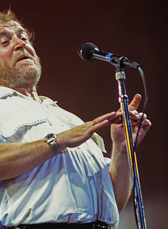 Joe Cocker on stage